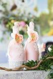 Kwiecisty przygotowania dekorować ślubną ucztę panny młodej, i Zdjęcie Stock