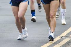 Kwietnia 2006 maratonu biegacze Leeds. Obraz Royalty Free