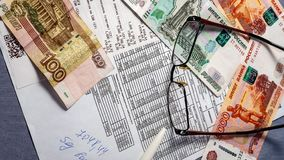 Kwit i pieniądze, użyteczność fotografia royalty free