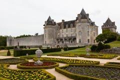 Kwitnący ogród w losu angeles Roche Courbon kasztelu Fotografia Royalty Free