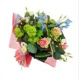 Kwitnie bukiet od wielo- barwionych róż, irys i inny kwitnie Obraz Royalty Free
