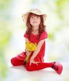 kwitnie małego dziewczyny kolor żółty Zdjęcia Stock