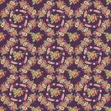 Kwitnie wianku bezszwowego wzór z purpurowym tłem i upierza Zdjęcie Stock