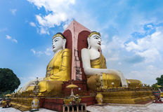 Kyaik大四个菩萨雕象双关语塔在Bago,缅甸 免版税图库摄影
