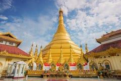 Kyaik Tan Lan老Moulmein塔 这座塔是最高的结构在毛淡棉,缅甸 免版税图库摄影