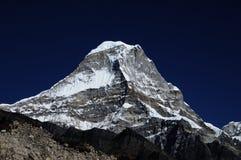 Kyashar, 6769m, Hymalayas, Népal Photo libre de droits