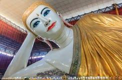 Kyauk Htat Gyi Buddha Lizenzfreie Stockfotografie
