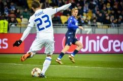 KYIV,乌克兰- 2018年3月15日, :在UEFA期间的足球运动员 库存照片