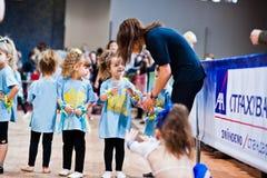 KYIV, ΟΥΚΡΑΝΊΑ 27 ΔΕΚΕΜΒΡΊΟΥ: Ευρο- κόμμα παιδιών χορού στοκ εικόνες