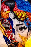 Kyiv, Ουκρανία - 10 Ιουνίου 2019 Φραγμός Warhol Το πρόσωπο του κοριτσιού στο τουβλότοιχο i Όμορφο πορτρέτο γυναικών r απεικόνιση αποθεμάτων