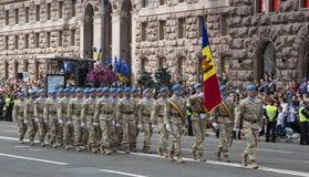 KYIV, ΟΥΚΡΑΝΊΑ - 24 ΜΑΐΟΥ 2017: Στρατιωτική παρέλαση σε Kyiv που αφιερώνεται στη ημέρα της ανεξαρτησίας της Ουκρανίας, 26η επέτει Στοκ εικόνες με δικαίωμα ελεύθερης χρήσης