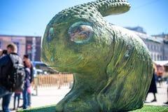 KYIV, ΟΥΚΡΑΝΊΑ ΣΤΙΣ 7 ΑΠΡΙΛΊΟΥ 2018: Ετήσια έκθεση Πάσχας που πραγματοποιείται στο κέντρο της πόλης Οι καλλιτέχνες παρουσιάζουν χ Στοκ εικόνες με δικαίωμα ελεύθερης χρήσης