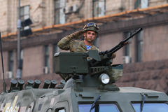 KYIV, DE OEKRAÏNE - AUGUSTUS 24, 2016: Militaire parade in Kyiv, gewijd aan de Onafhankelijkheidsdag van de Oekraïne De Oekraïne  Stock Afbeelding