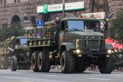 KYIV, DE OEKRAÏNE - AUGUSTUS 24, 2016: Militaire parade in Kyiv, gewijd aan de Onafhankelijkheidsdag van de Oekraïne De Oekraïne  Royalty-vrije Stock Afbeeldingen