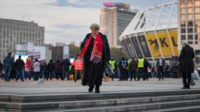 Kyiv, de Oekra?ne 19 april 2019 Het Presidenti?le Debat 2019 van RE Het Stadion van Kyivolympiyskiy stock foto