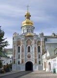 教会门kyiv lavra pechersk 库存图片