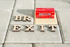 Kyiv, UA, 17 11 Salida 2017 de Gran Bretaña de la unión europea, extracto en letras del vintage, juguete MES de la palabra de Bre foto de archivo libre de regalías