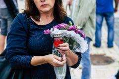 Kyiv/Ucrânia - 08/29/2018 de Memorial Day das vítimas da guerra Russo-ucraniana Memorial Day de Ilovaisk 2014 Imagem de Stock