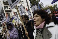 Kyiv, Ucrânia - 14 de outubro de 2015: Ativistas e suportes de partidos nacionalistas ucranianos Imagem de Stock Royalty Free