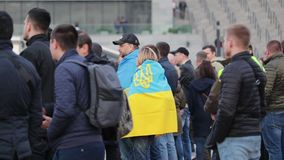 Kyiv, Ucr?nia 19 de abril de 2019 Debate presidencial 2019 do A Est?dio de Kyiv Olympiyskiy video estoque