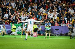 KYIV, UCRÂNIA - 26 DE MAIO DE 2018: Gareth Bale comemora o objetivo marcado imagem de stock royalty free