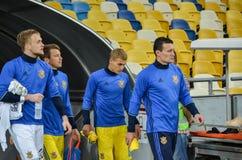 KYIV, UCRAINA - 5 SETTEMBRE 2016: Gruppo dell'ucranino dei giocatori della sostituzione Immagini Stock