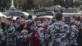 Kyiv, Ucrania 9 de abril de 2019 Los activistas y los partidarios del partido político del cuerpo nacional asisten a una reunión  almacen de metraje de vídeo