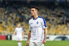 """Kyiv Ukraina †""""November 8, 2018: Benjamin Verbic stående under för ligamatch för UEFA Europa Kyiv för dynamo †""""Stade Rennais  royaltyfria foton"""