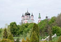 KYIV UKRAINA - April 30: Feofania abbotskloster Royaltyfri Fotografi
