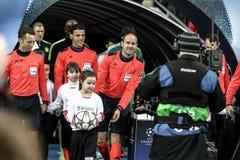 KYIV UKRAINA - FEBRUARI 24, 2016: Ligalek för UEFA Championes med dynamo Kyiv och Manchester City FC Royaltyfri Foto
