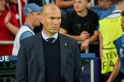 KYIV UKRAINA - MAJ 26, 2018: Zinédine Zidane under Uen 2018 arkivbilder