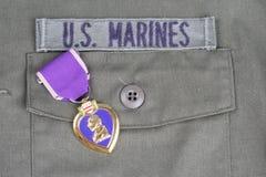 KYIV UKRAINA, Sierpień, - 1, 2016 Purple Heart nagroda na USA żołnierzy piechoty morskiej oliwnej zieleni mundurze obraz royalty free