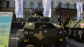 Kyiv Ukraina, Sierpień, - 23, 2018: wystawa nowożytne bronie i militarny wyposażenie zbiory