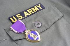 KYIV UKRAINA, Sierpień, - 1, 2016 Purple Heart nagroda na wojsko usa oliwnej zieleni mundurze obrazy royalty free