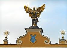 Kyiv Ukraina Skulptur av ärkeängeln Michael arkivfoto