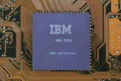KYIV, UKRAINE - Feb 17, 2018 Prozessor IBMs 486DX4 stockfoto