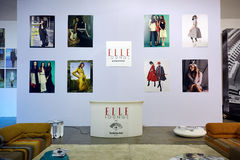 Kyiv, Ukraine - 7. Februar 2017: Elle-Aufenthaltsraum-Anzeige als Teil lizenzfreies stockbild