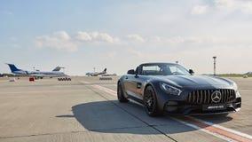 Kyiv, Ukraine - 2 septembre 2017 : Mercedes-Benz Star Experience 2017 sur l'aéroport Boryspil à l'essai exprès du Photo stock