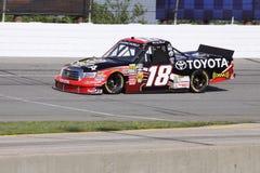 Kyle Bush 18 series de calificación del carro del programa piloto NASCAR Foto de archivo