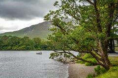 Kylemore修道院的湖Pollacapull,戈尔韦郡,爱尔兰 库存照片