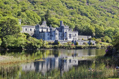 Kylemore Abbey Ireland Royaltyfria Foton