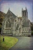 Kylemore abbotskloster i Connemara berg, Irland Royaltyfria Bilder