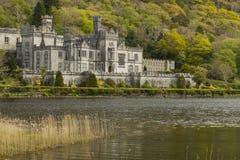 Kylemore abbotskloster i Connemara, ståndsmässiga Galway, Irland Fotografering för Bildbyråer
