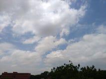 Kyler molnig jord för molnet fotografering för bildbyråer