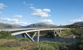 Kylesku Bridge. Crossing the Loch a Chàirn Bhàin in Sutherland Stock Photos