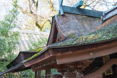 KYOTO, GIAPPONE - 11 gennaio 2015: Santuario di Munakata di Kyoto Gyoen Garde Immagini Stock Libere da Diritti