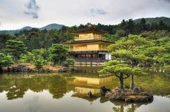 Kyoto, Giappone - 24 luglio 2016 Kinkaku-ji, di Rokuon-ji tempio del ` letteralmente del tempio buddista del ` dorato del padigli Fotografie Stock