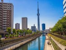 KYOTO, GIAPPONE - 5 LUGLIO 2017: Vista dell'albero 634m del cielo di Tokyo, il più alta struttura indipendente nel Giappone e sec Immagine Stock Libera da Diritti