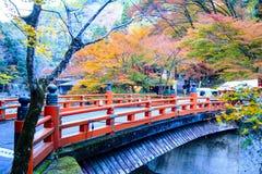 Kyoto, JAPÃO - 16 de novembro de 2013: Um pavilhão no jingo-ji, Japão Jing Fotos de Stock