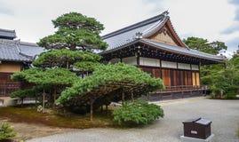 Kyoto, Japón - 24 de julio de 2016 Hojo House es pocos pasos lejos del pabellón de oro de Kyoto, Japón foto de archivo